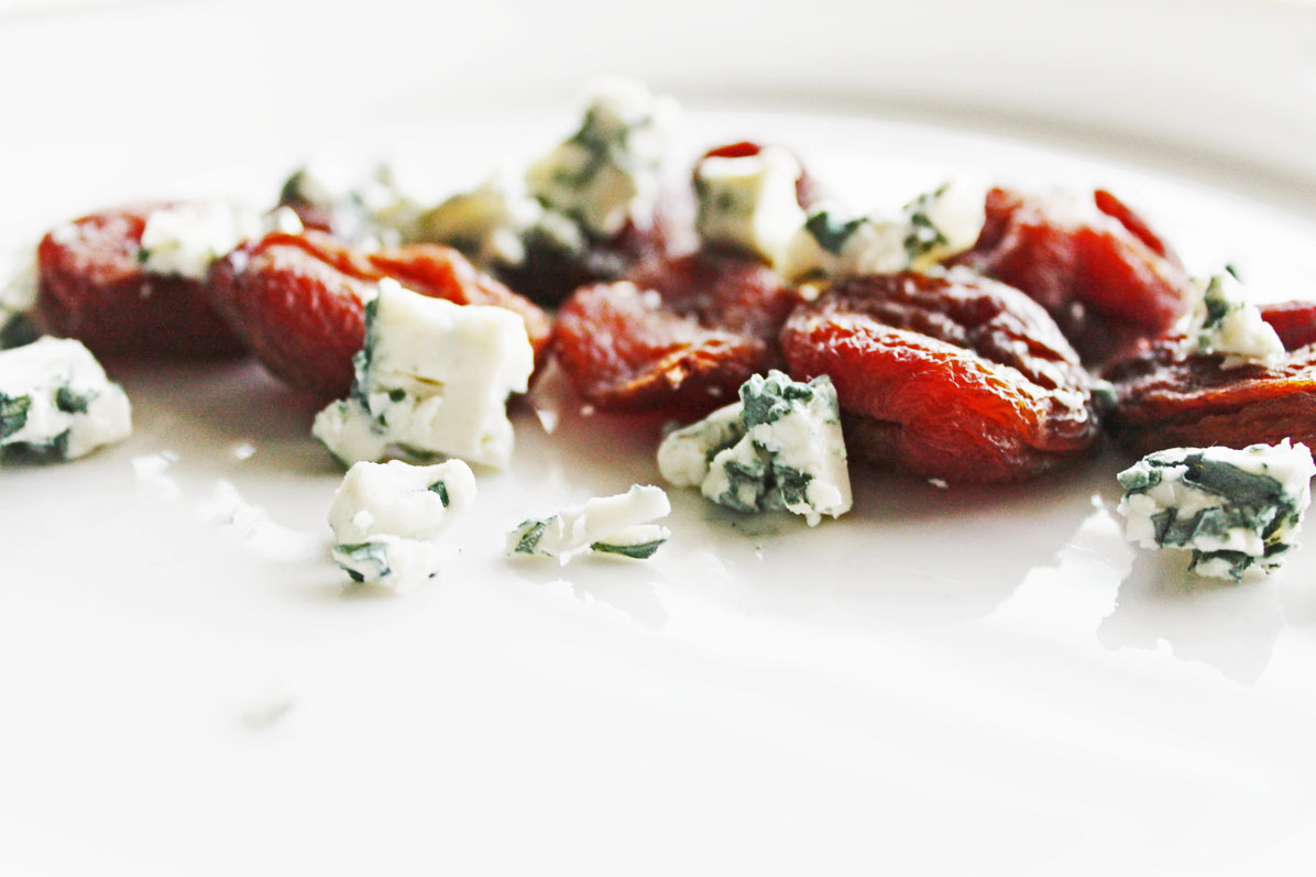 clean eating recipes - apricots and blue cheese 3