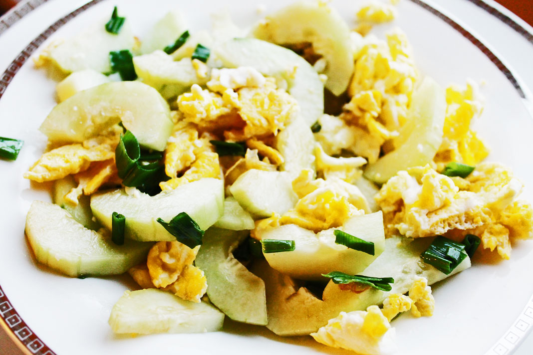 clean eating recipes - egg cucumber salad 2