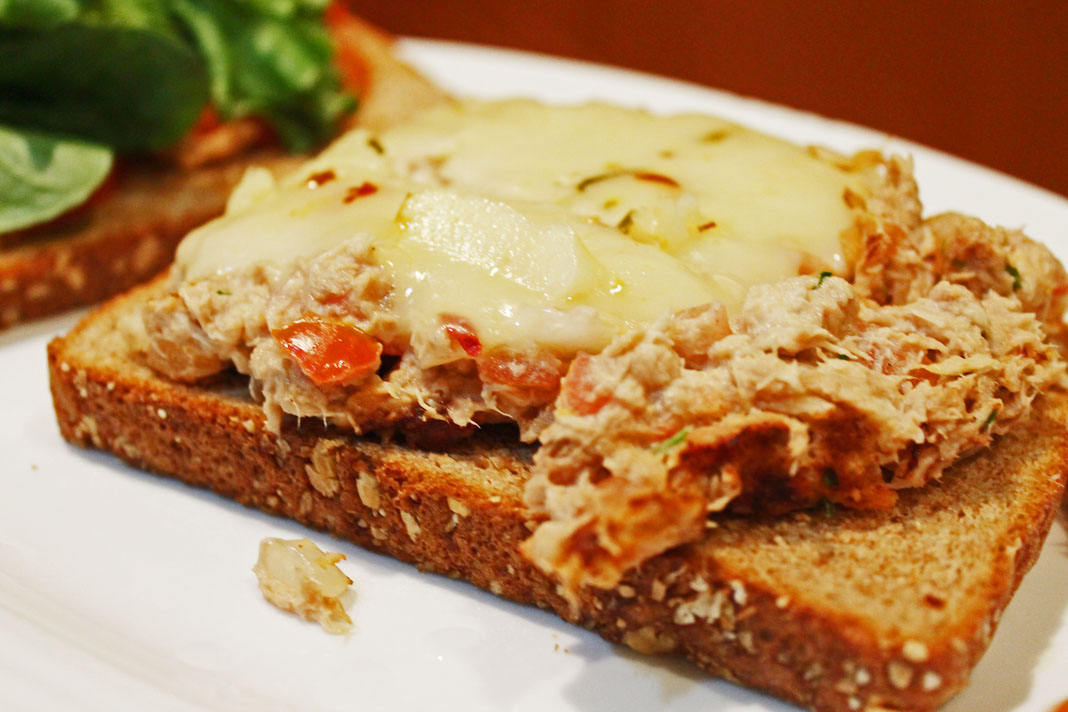 Clean Eating Recipe – Spicy Tuna Melt | Clean Eating Diet Plan Meal ...