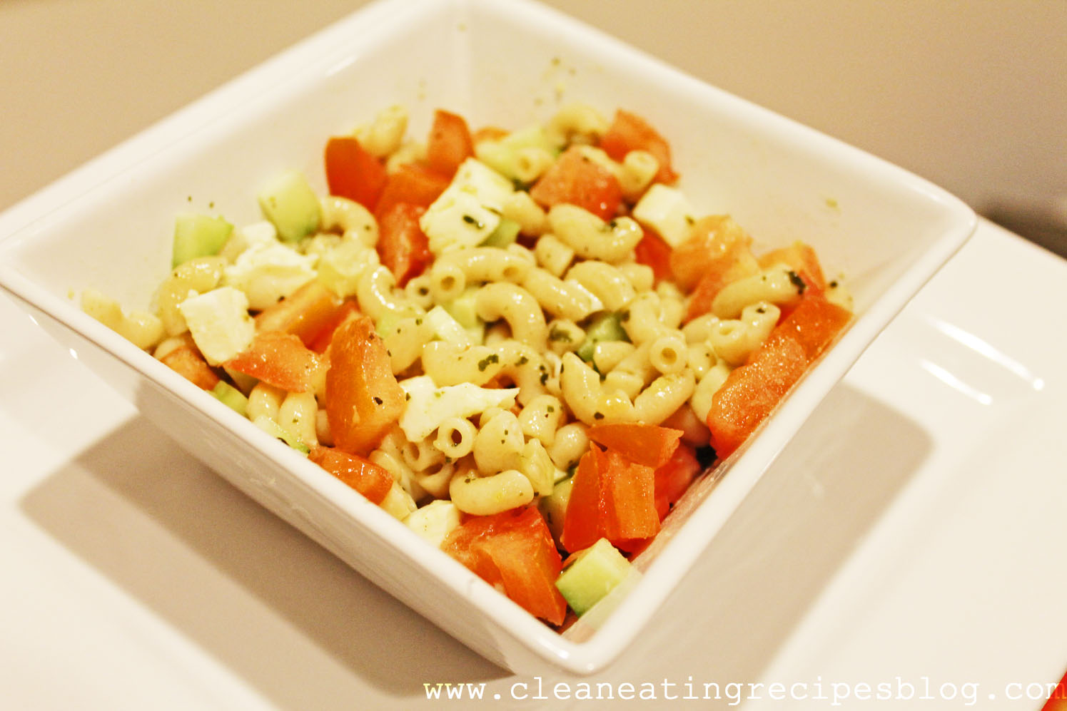 Clean Eating Recipe – Cucumber Tomato Pasta Salad