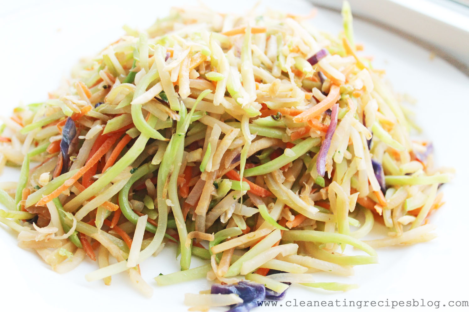 Clean Eating Recipe – Stir Fry Rainbow Slaw